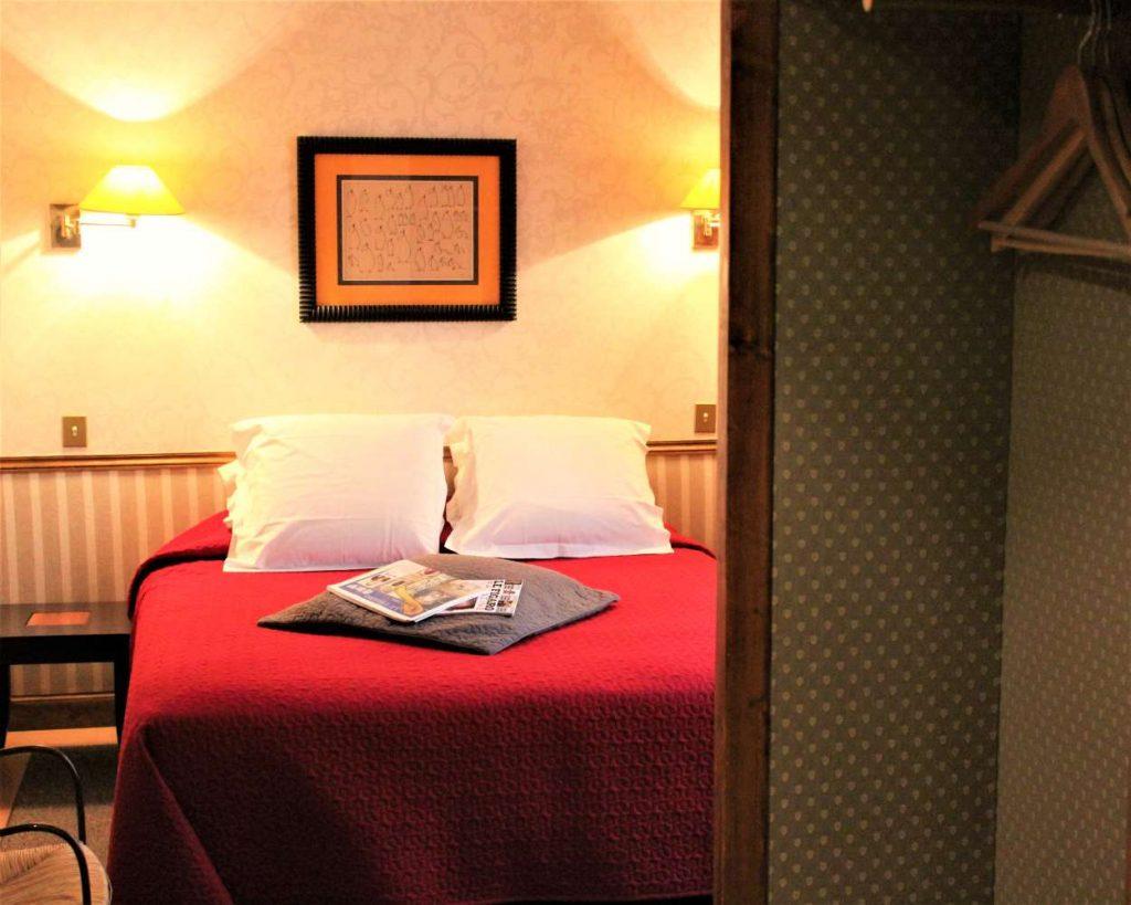 Bedroom - 'Super-Sized' Room